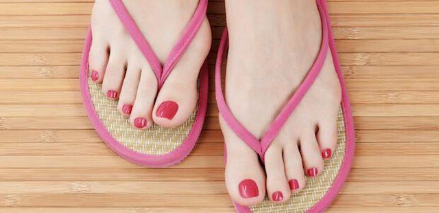 грибок ногтей на ногах откуда берется