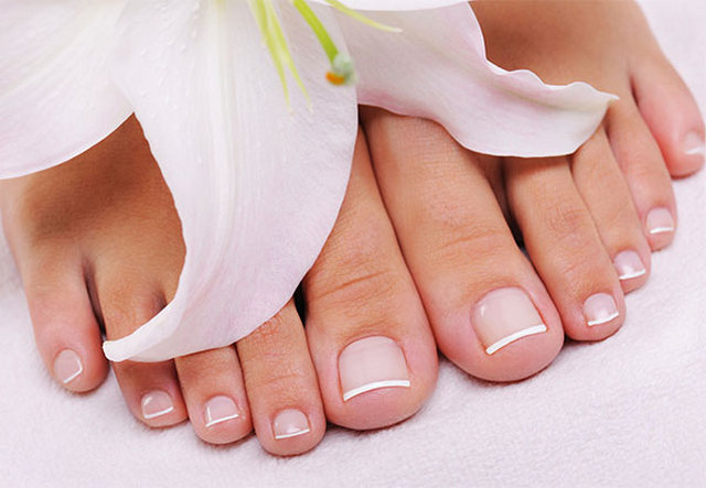 дрожжевой грибок на ногтях ног